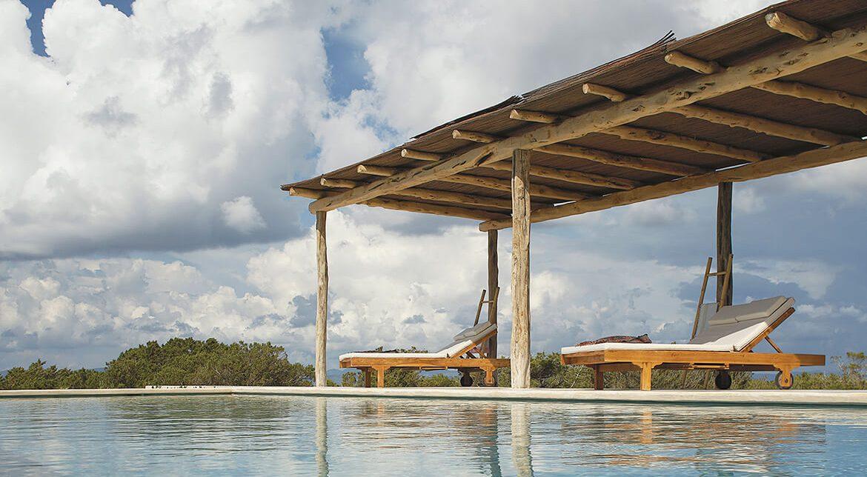 proyecto de exterior villa de catalina house