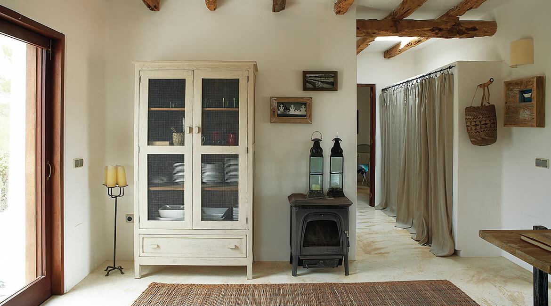 Catalina House-interiorismo Casa Es Cap Daisi. Distribuidor