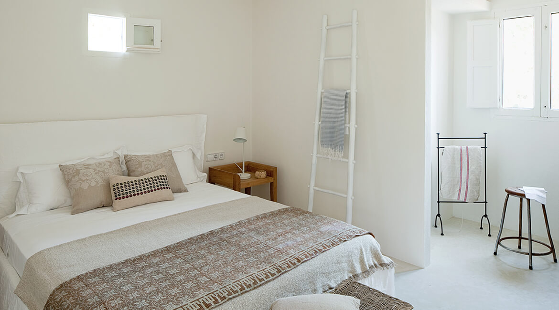 Catalina House interiorismo Casa Ses Roques Vilaro. Dormitorio